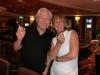 Glenn D. Hardin und Sabine Kraus amüsieren sich köstlich beim Rauchen